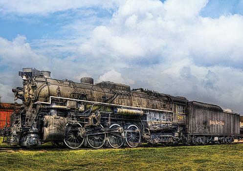 Mike Savad - Train - Engine - Nickel Plate Road