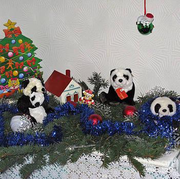 Traveling panda. Holidays in Pandaland by Ausra Huntington nee Paulauskaite