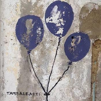 Tres Globos Azules #cartagena by Coyle Glass