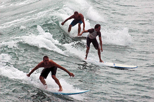Triple Surf by DM Werner
