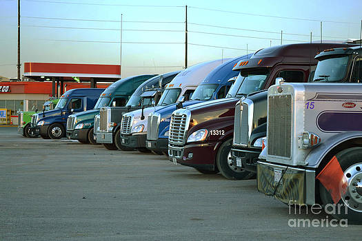 Truck Stop by Derry Murphy