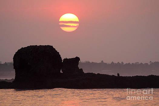 Tunco Sunrise Magic  by Stav Stavit Zagron
