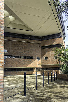 Lynn Palmer - Turlington Hall Entry Court