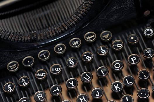 Harold E McCray - Typewriter Remembered