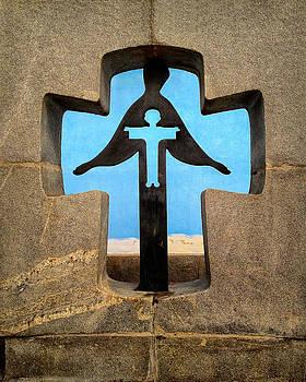Ukraine Cross Memorial by Brian Orlovich