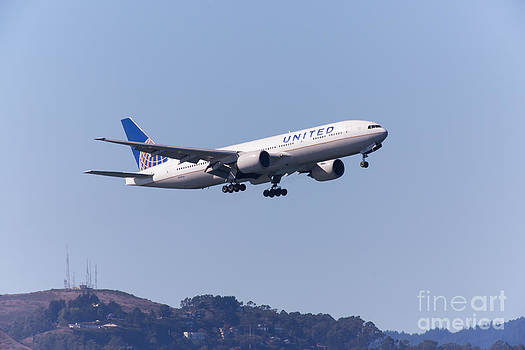 Wingsdomain Art and Photography - United Airlines Jet 5D29537