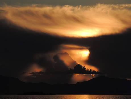 Unusual Sunset by Karen Horn