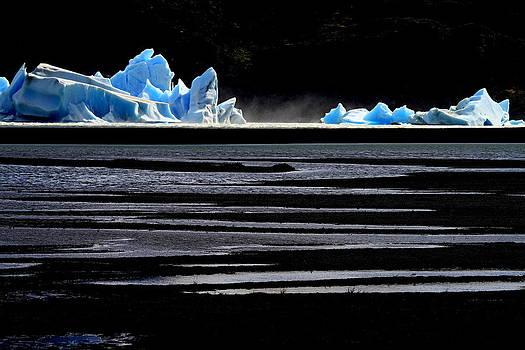 Upsala Glacier by Arie Arik Chen