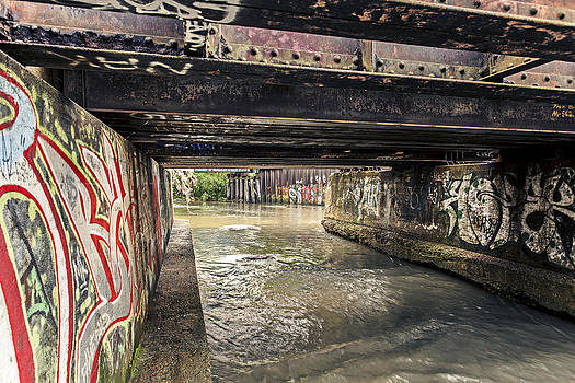 Urban Art Gallery by CJ Schmit