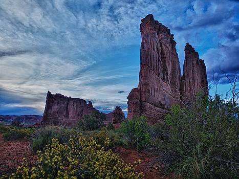Utah Obelisk by Rob Wilson