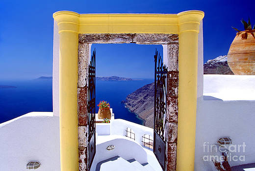 Vacations Gate by Aiolos Greek Collections