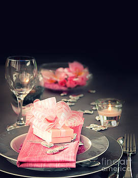 Mythja  Photography - Valentine day romantic table setting