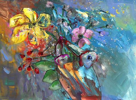 Miki De Goodaboom - Vase in The Wind