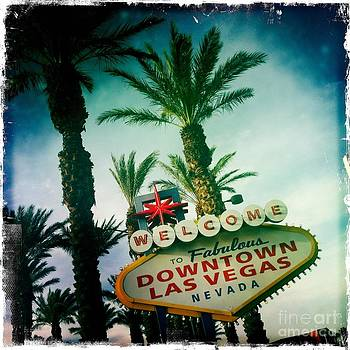 Vegas by Nina Prommer