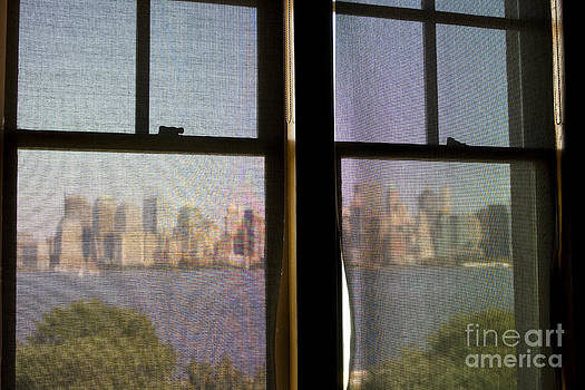 Patricia Hofmeester - Veiled view on Manhattan