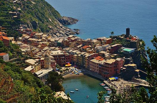Vernazza - Cinque Terre by Dany Lison