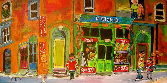 Victoria in Westmount by Michael Litvack