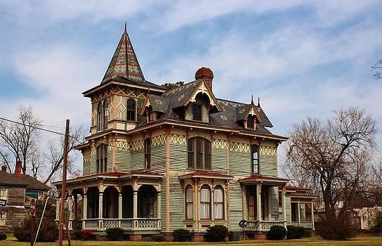 Paulette Thomas - Victorian House