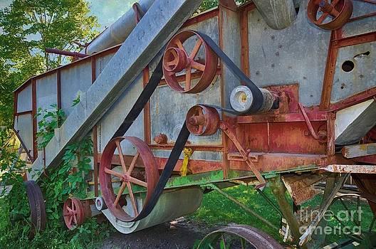 Liane Wright - Vintage Farm Machinery