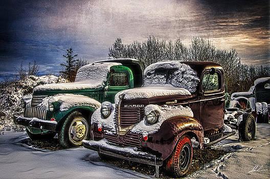 Vintage HDR Trucks by Steve  Milner