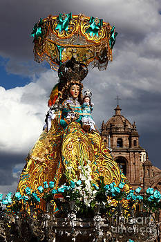 James Brunker - Virgen de Belen Cusco