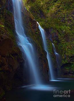Waikani Falls Maui by David Olsen