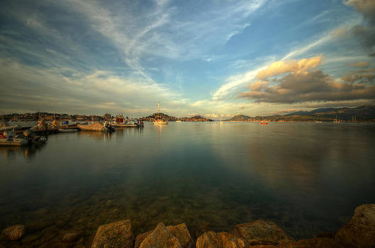 Waiting for the blue hour by Tommaso Di Donato