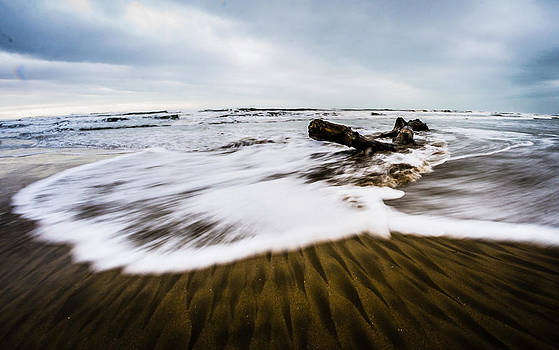 Wave 5 by Gilbert Wayenborgh