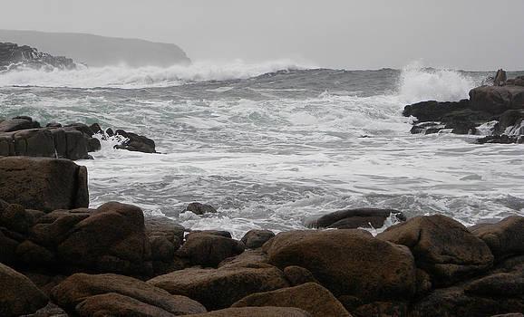 Waves 86 by Richard Swarbrick