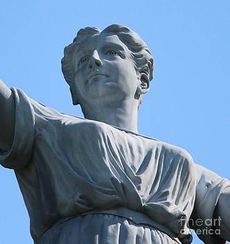 Waynesburg University Statue by Cynthia Snyder