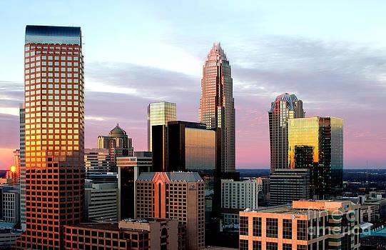 Wells Fargo tower in Charlotte skyline by Patrick Schneider