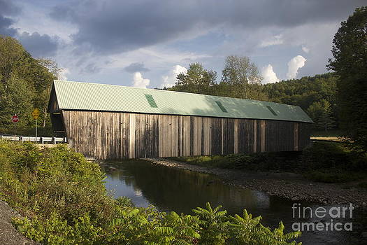Amazing Jules - West Woodstock Covered Bridge