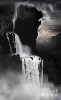When Darkness Falls by Lynn Jackson