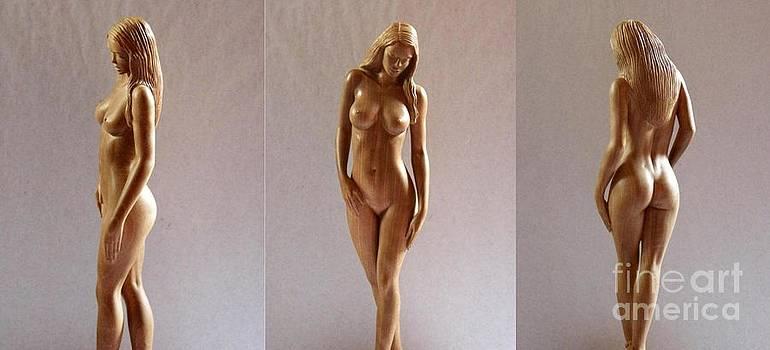 White Naked - Wood Sculpture by Carlos Baez Barrueto