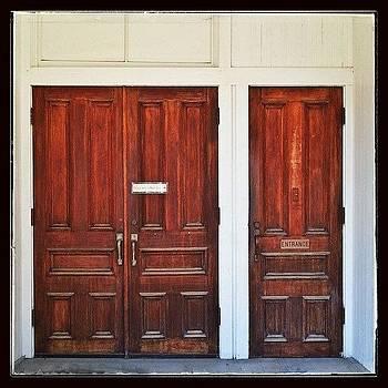 #whpdoortodoor #elkhartcivictheatre by Sandy MacGowan
