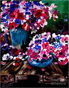 Wihte -pink Flowers by Shirwan Ahmed