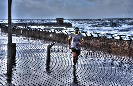 Isaac Silman - Winter morning jogging