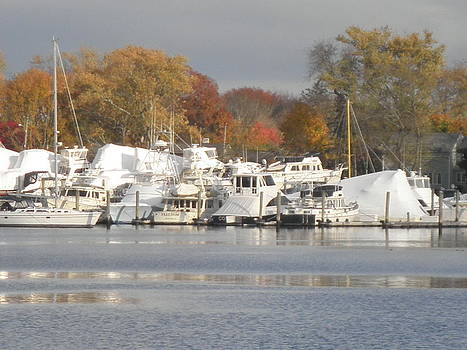 Kate Gallagher - Winters Coming On Wickford Harbor