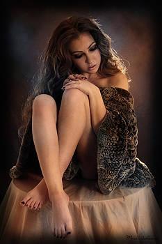 Woman In Love  by Mark Ashkenazi