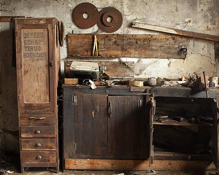 Wood Mill #1 by Marinus En Charlotte