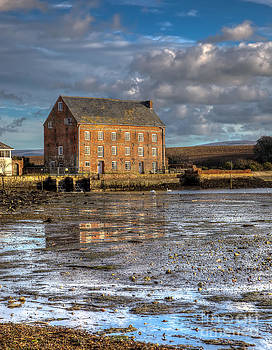 English Landscapes - Yarmouth Old Millhouse