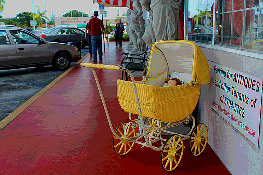 Yellow Carriage by Bob Whitt