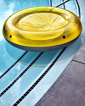 William Dey - YELLOW FLOAT Palm Springs