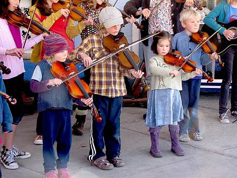 Young Fiddlers - Bayou Seco's Gift by Feva  Fotos