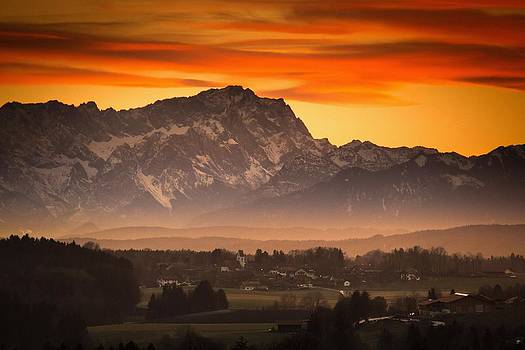 Zugspitze Sunset by Bjoern Kindler