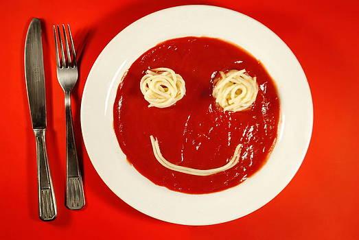 Smiling ketchup by Alexandra-Flaminia Boc