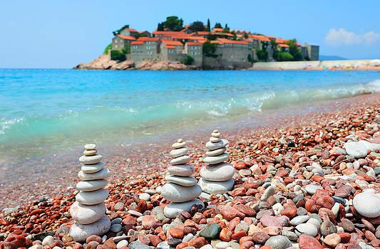 Beach in Montenegro by Roman Rodionov