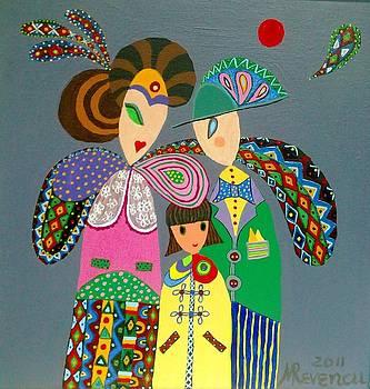 Family by Mimi Revencu