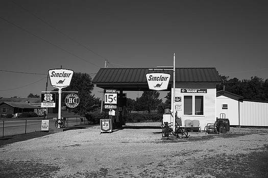 Frank Romeo - Route 66 Gas Station