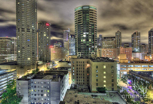 SEATTLE at night by John Rowe